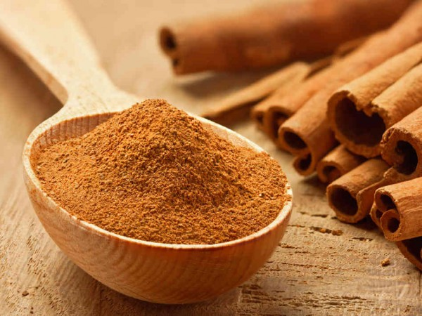 health-benefits-and-uses-of-cinnamon3-600x450